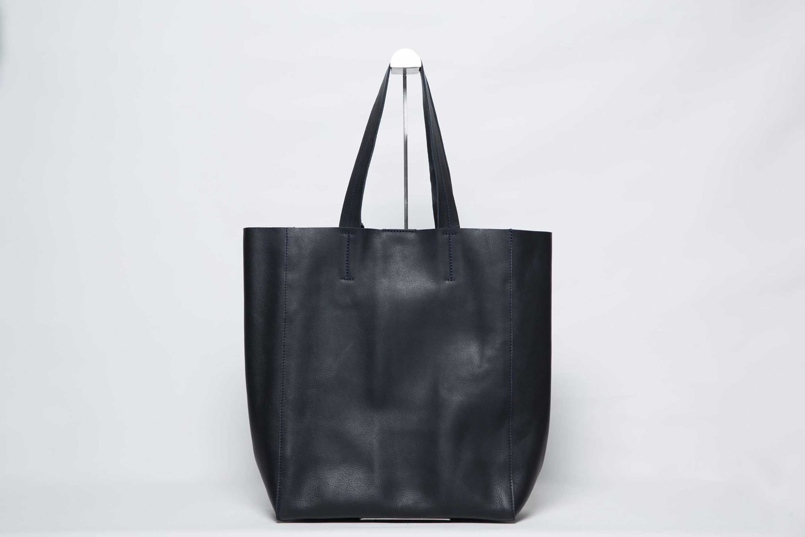 Visuel - Grand Sac Shopper Cuir Bleu Noir - ordinari.shop