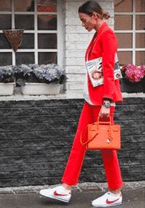 Comment porter le sac de couleur ?